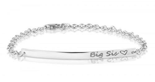 ontmoeten goedkoop worden ophalen Een zilveren armband met gelaserde naam